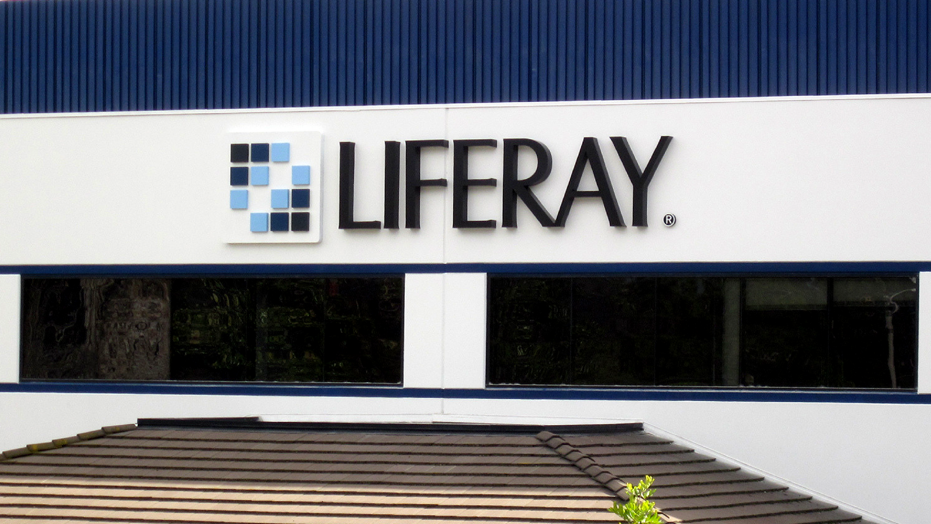 Liferay signage.png